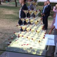 Пирамида, Горка из Бокалов С Шампанским